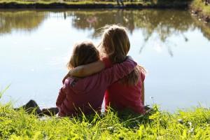 Freundschaften schließen während der Ferien auf dem Bauernhof